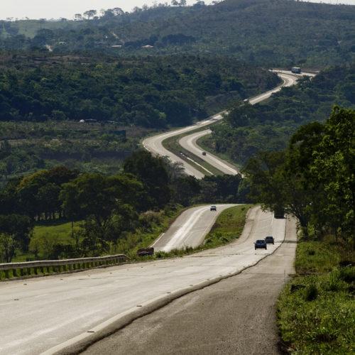 Rodovia-BR-060-DF- Alexânia-GO-Brasil (2)